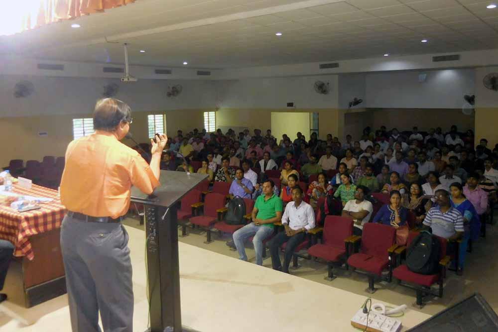 Kalyani University vice chancellor professor Sankar Kumar Ghosh speaking at the orientation programme.