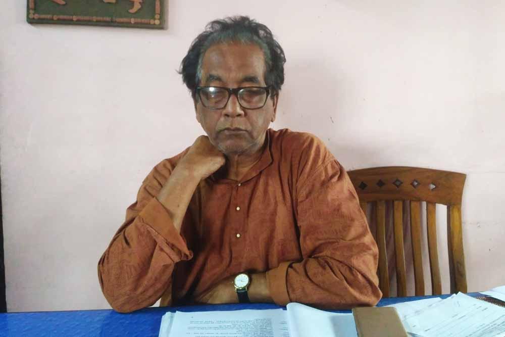 Chandan Sen at home
