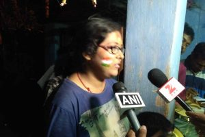 Jhulan's sister Jhumpa speaking to media persons after the defeat of India. NfN India