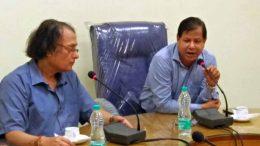 KU VC Professor Sankar Kumar Ghosh (left) with CSTM's professor Niranjan Bhattacharjee