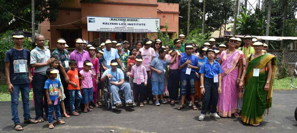 """Special children who took part in """"Inclusive India"""" campaign on Sunday in Kalyani"""