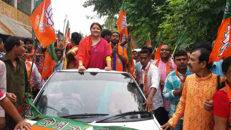 Locket Chattopadhyay during a road show in Cooper's Camp on Friday