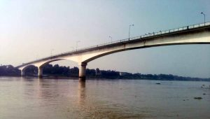 3400 ft (1.04km) long Ishwar Gupta bridge over the river Hooghly. Pictures by PALASH SARKAR