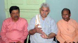 Manoj Sinha (Centre) at BJP Nadia district office in Krishnanagar on Sunday
