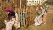 Devotees of ISKCON collecting garbage