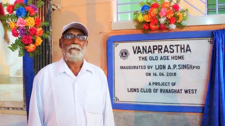 Santosh Das in front of 'Vanaprastha'