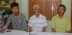 Basanta Sinharoy speaking at MAK office in Krishnanagar.