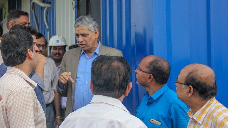 Union Health Ministry's chief adviser Professor K.K.Talwar speaking to officials at AIIMS Kalyani site.