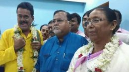 Nadia zilla parishad chief Rikta Kundu and her deputy Dipak Bose with Trinamul Congress Secretary General Partha Chatterjee in Krishnanagar on Saturday. (Courtesy: Facebook)