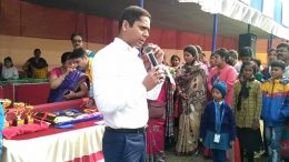 Nadia Superintendent of Police Rupesh Kumar speaking to parents at Krishnagar Public School ground on Sunday.