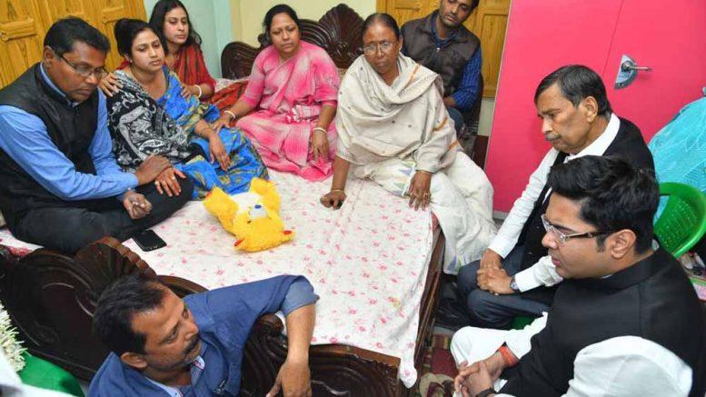 Abhisek Banerjee speaking to family members of slain MLA in Phulbari (Picture courtesy Abhisek Banerjee's Facebook page)
