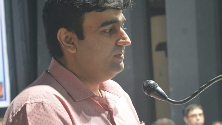 Pawan Kadyan, IAS